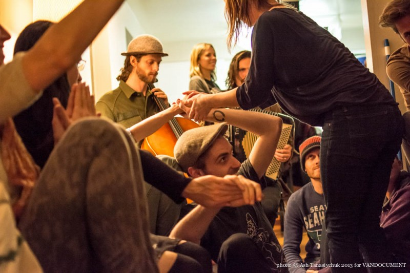 'Music and Movement Mondays' performance at the VANDOCUMENT Six Month House Concert, Vancouver BC, 2013. Photo by Ash Tanasiychuk