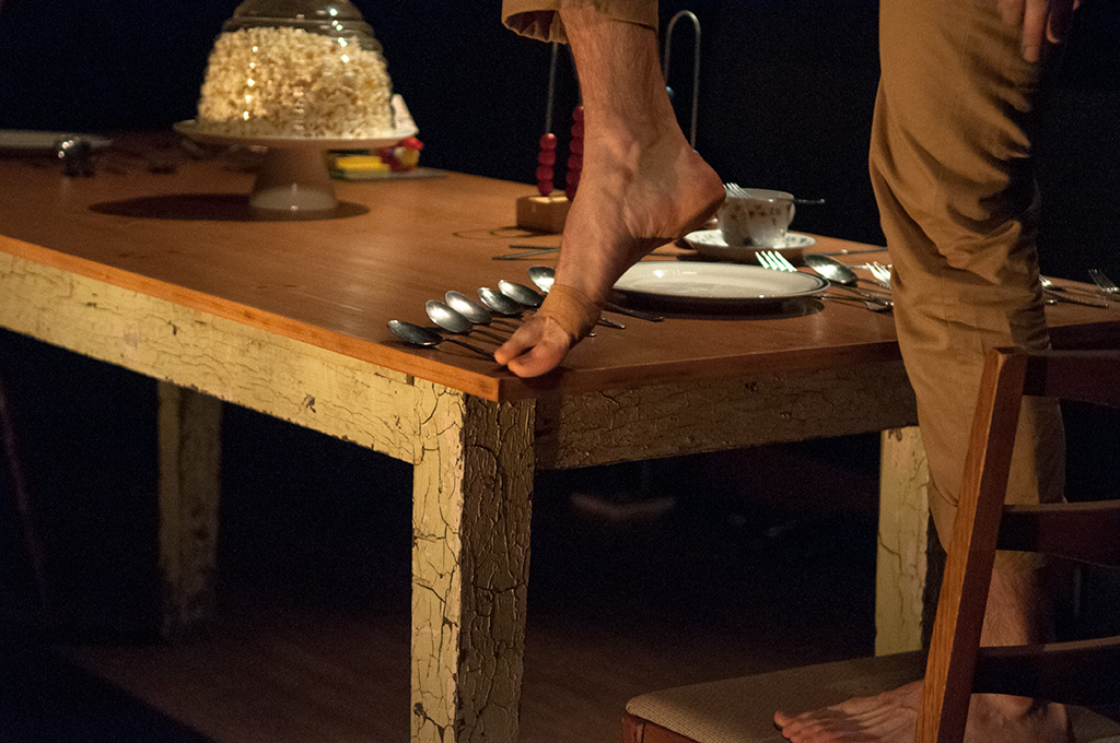 toes on the table