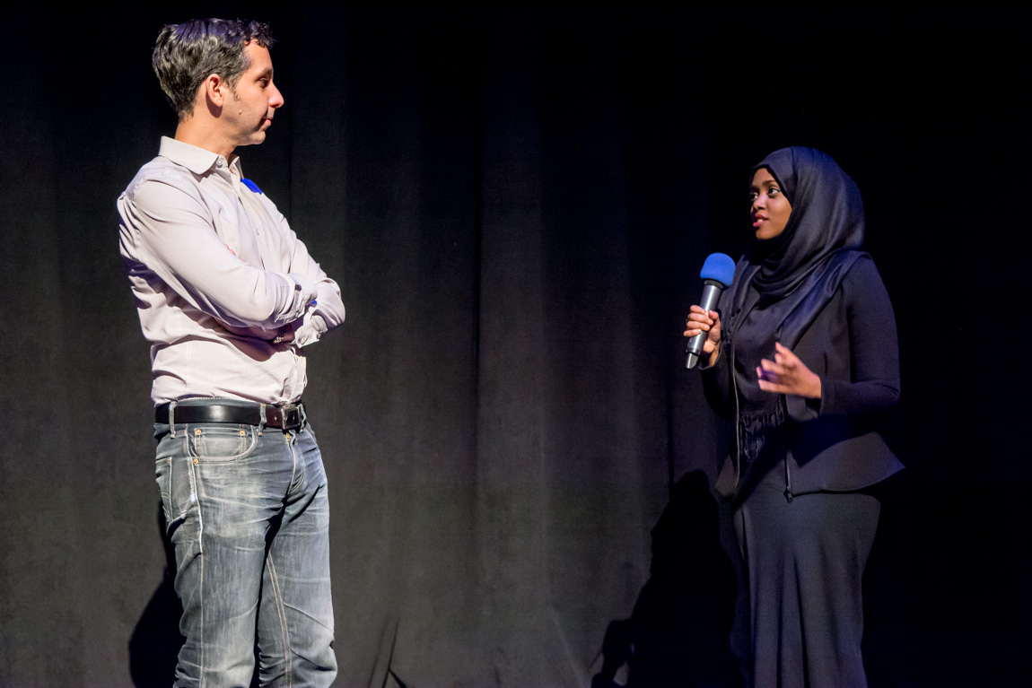 Munira Mohamud speaks with mentor Kevin Eastwood. Photo by Ash Tanasiychuk for VANDOCUMENT